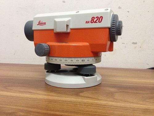 Máy thủy bình Leica Na-820